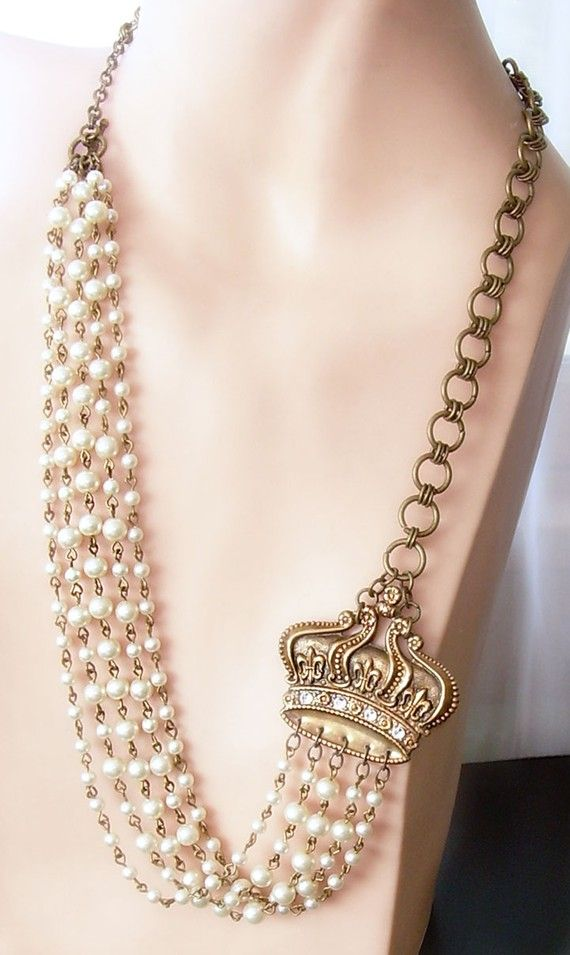 Pearl beaded Victorian style Necklace