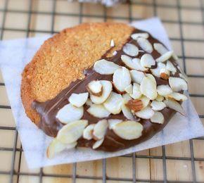 Diétázol? Ezt a kekszet süsd idén mézeskalács helyett belül puha, kívül kérges, ünnepi süteményt készíthetsz, melyből akkor is bátran ehetsz az ünnepek alatt, ha diétázol!