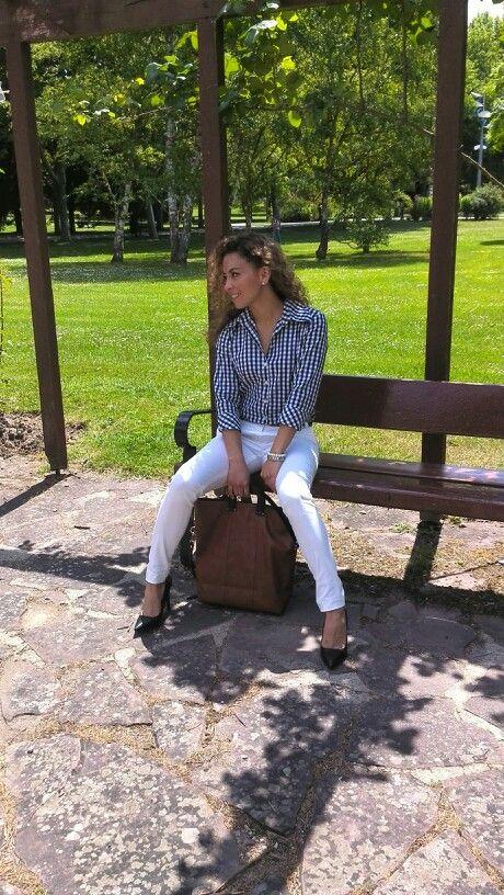#fashiondesigners #fashionbloggers#outfits