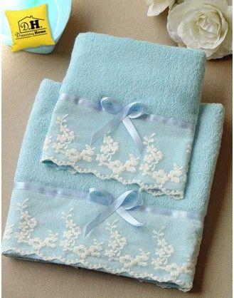 Coppia di asciugamani Blanc Mariclo pizzo e fiocco colore Celeste