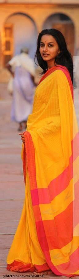 Handwoven Phulia Cotton from handsofindia