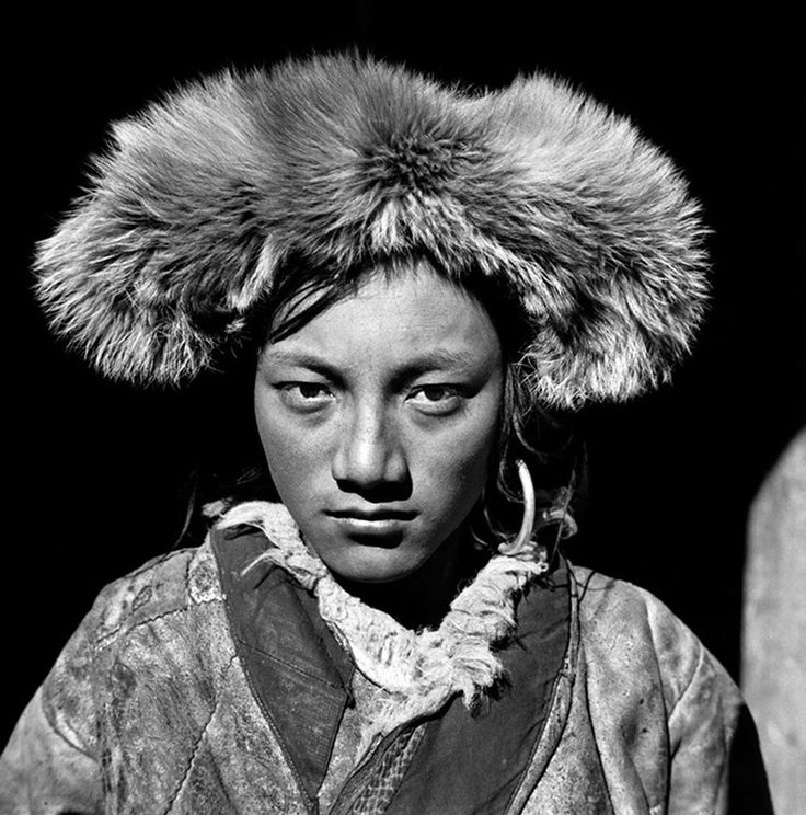 Portraits from Western China (1930s) by Zhuang Xueben [x]