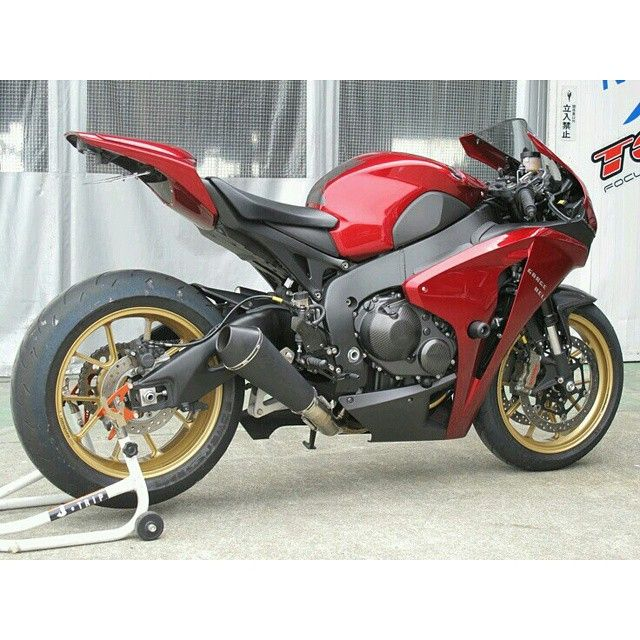 Cbr1000rr Mascunanabear: 30 Best Honda CBR1000RR Images On Pinterest