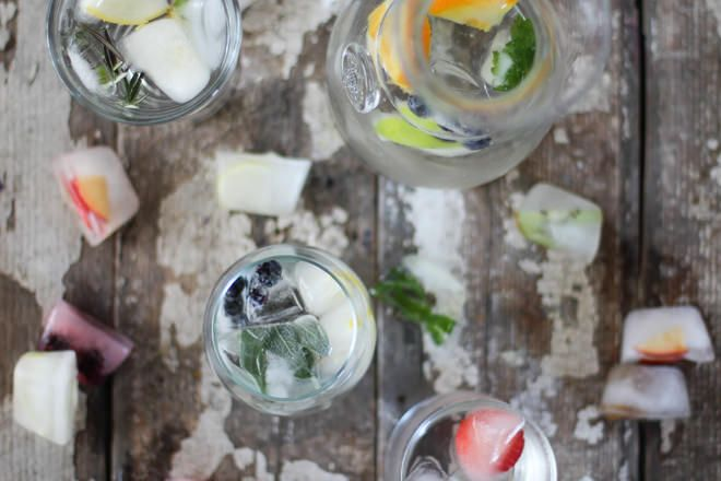 Simply Infused Ice Cubes // nutritionstripped.com