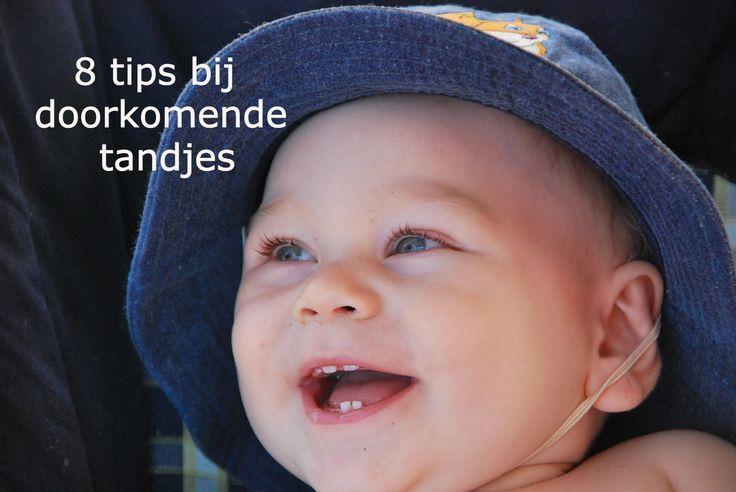 Doorkomende tandjes? Zo help je je baby met natuurlijke middeltjes!