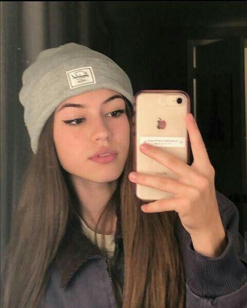 Catfish Girl, Beauté Blonde, Cute Selfie Ideas, Western Girl, Fake Girls, Crazy Girls, Cute Girl Face, Selfie Poses, Girls Selfies