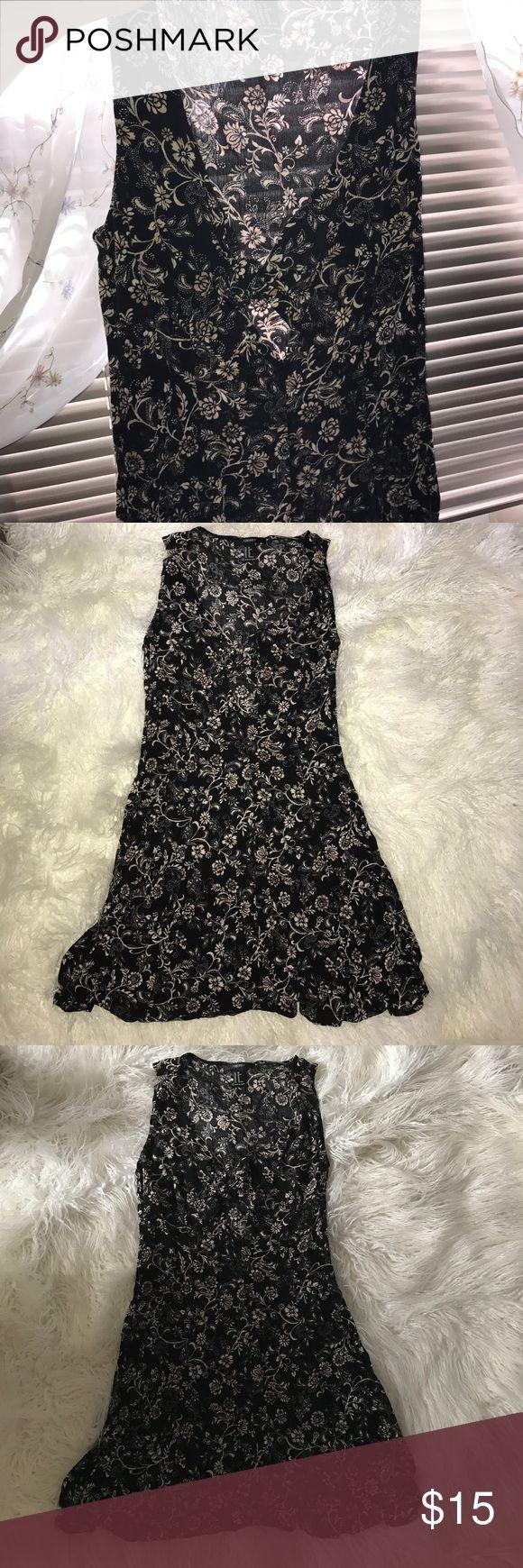 Forever 21 xs flowy summer dress Never worn Forever 21 Dresses