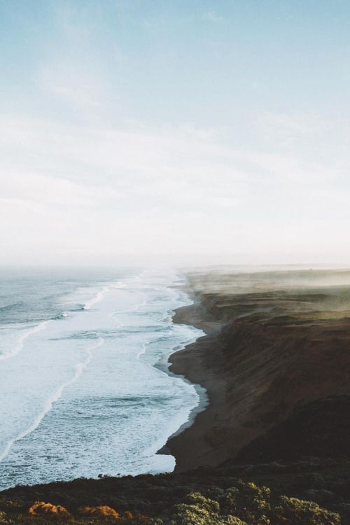folklifestyle: banshy: Endless Coastline // Samuel Elkins...