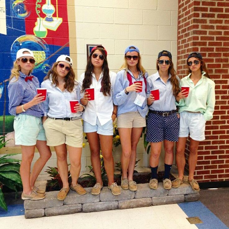 frat boys costume so cute - 4 Girls Halloween Costumes