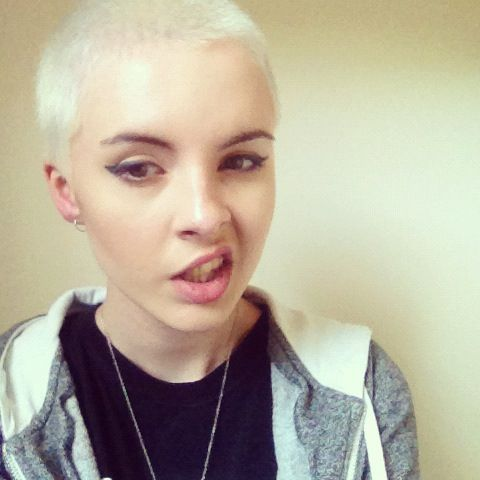 fucking love babes that can rock buzz cuts