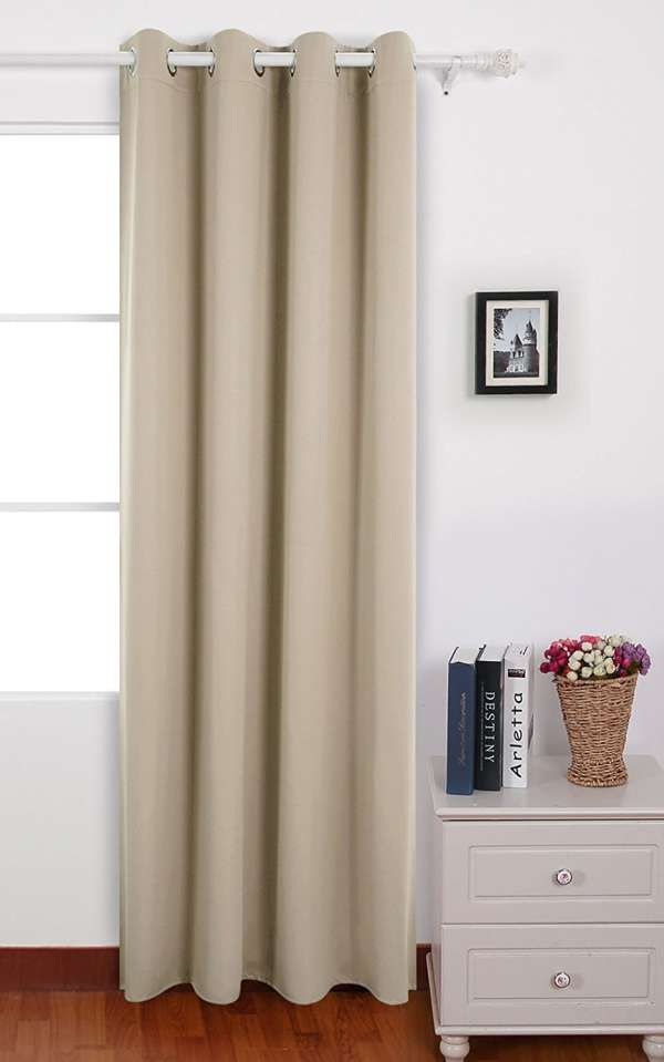 17 meilleures id es propos de les rideaux pour portes. Black Bedroom Furniture Sets. Home Design Ideas