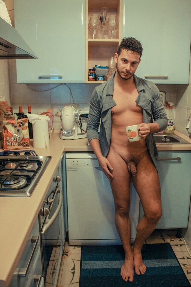 Hunk in kitchen naked