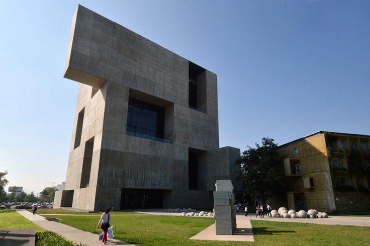 Guiding Architects | Santiago de Chile arquitectura chilena - Centro de Investigación UC