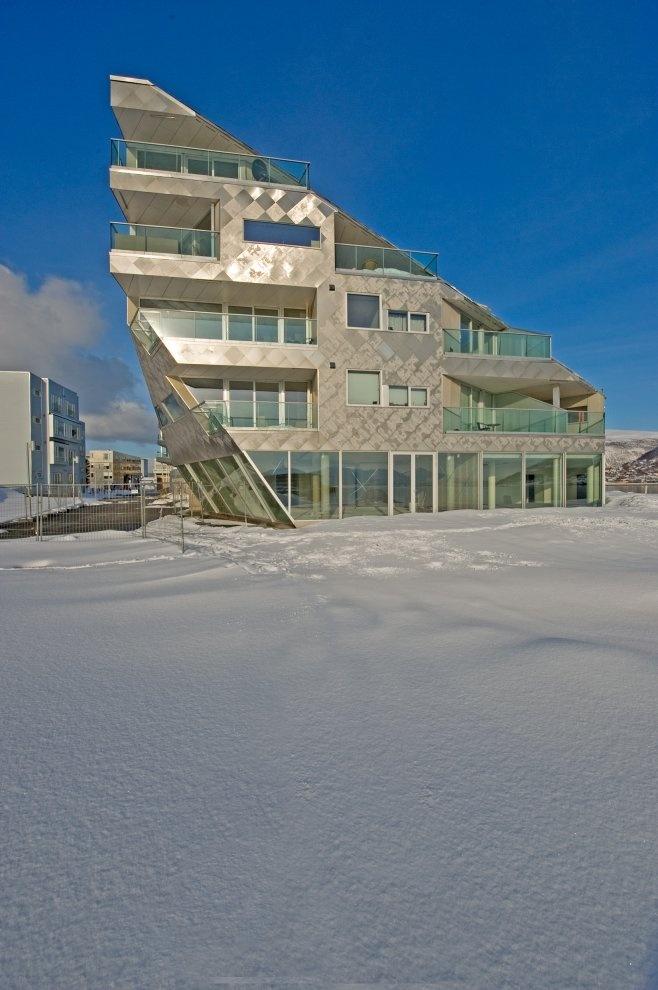 Strandkanten K9  by 70 N arkitektur as- photo: Ivan Brodey