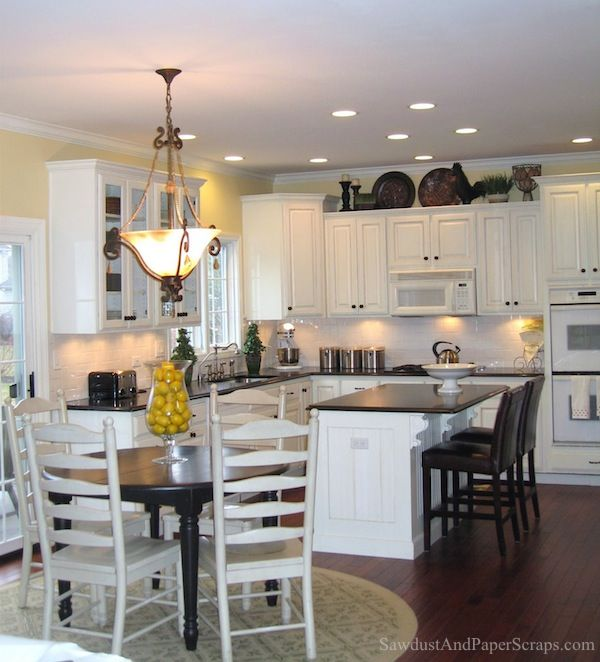 Kitchen Renovations Dark Cabinets: 1000+ Ideas About Black Counters On Pinterest