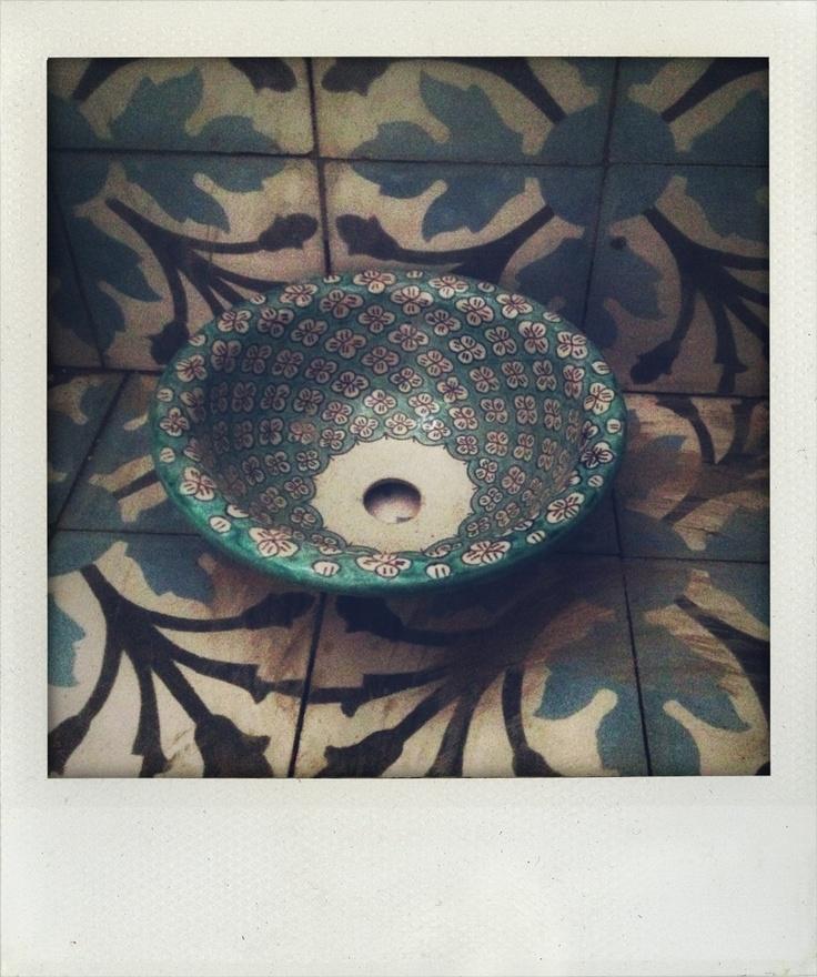 Carreaux de ciment vasque maroc la maisonnette tinghir maroc pinterest - Carreaux ciment maroc ...