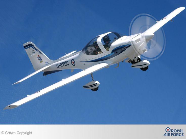 Gamle fly - desktop bakgrunner: http://wallpapic-no.com/luftfart/gamle-fly/wallpaper-23834