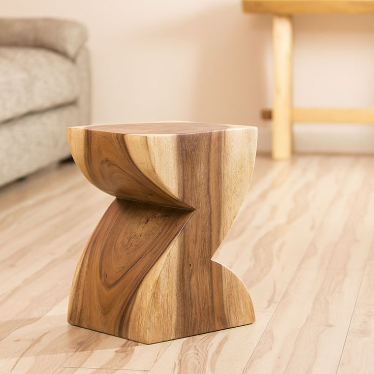 Solid Z / 2 shaped table
