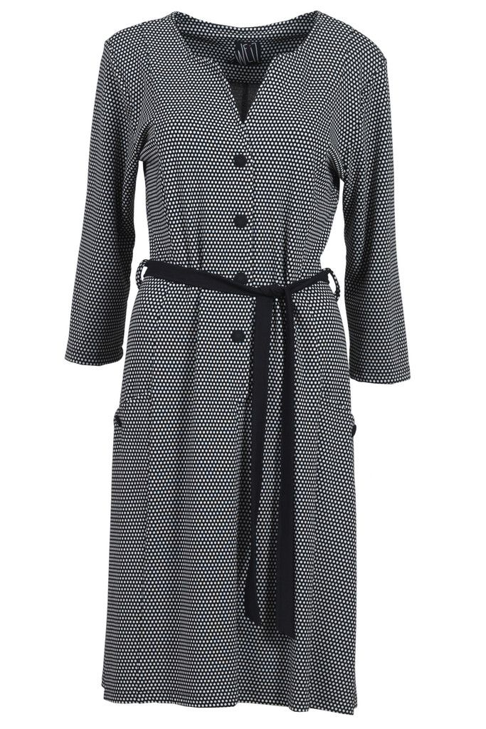 Gyda is our most popular dress this winter, and it is not difficult to see why. It is classic with a twist and has a really good fit.