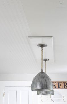How to apply bead board wallpaper on the ceiling