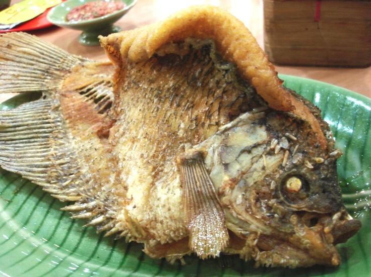 "Indonesian Food - Sunda Cuisine  This one call ""Cianjur Original Recipe Fried Gourami Fish"". Don't say anything before taste it ^^"