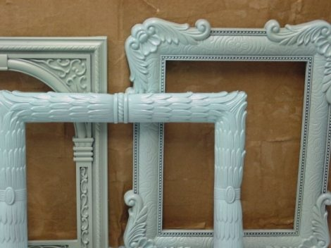 love the aqua frames--spray painted old ones
