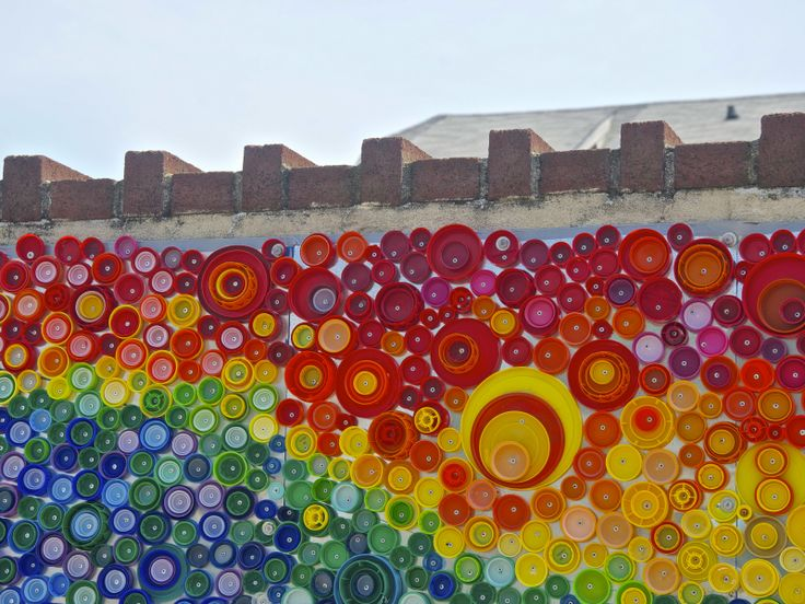 17 best images about recycle ideas on pinterest for Bottle cap mural tutorial