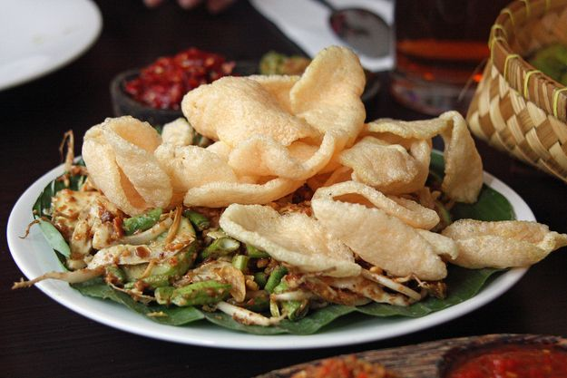 Karedok | 30 Delicious Indonesian Dishes You Need To Try
