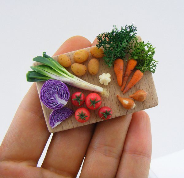 Oeuvres alimentaires miniatures par Shay Aaron