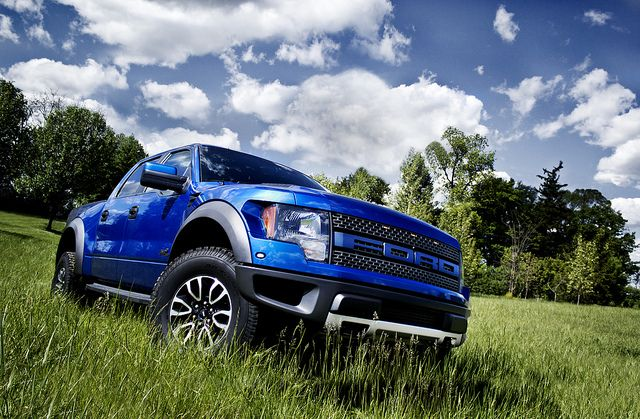 2013 Ford Raptor.. In love! Here's my truck but in black n pink:))))