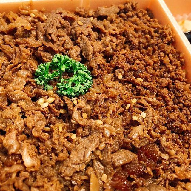 #牛肉どまん中 #山形県 #米沢市 #米沢牛 #米沢駅 #肉 #美味しい #また食べたい #川でランチ