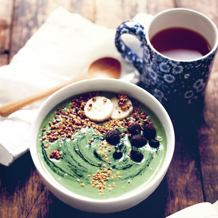 Green Galaxy Smoothie Bowl With Buckwheat Crispies From My New Roots – Organic Burst