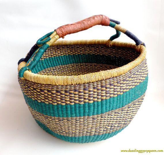 African Woven Baskets: African Woven Market Basket