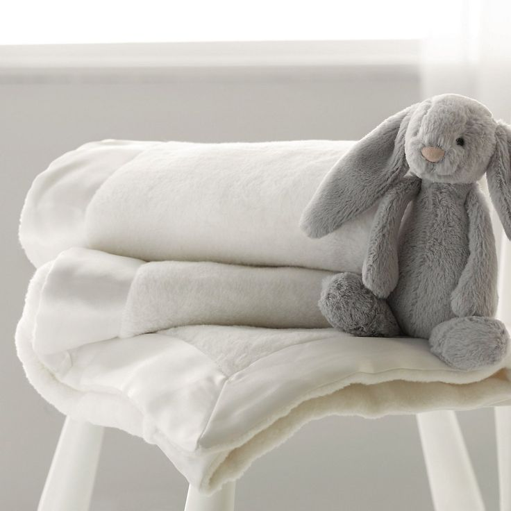 Snuggle Blanket | The White Company