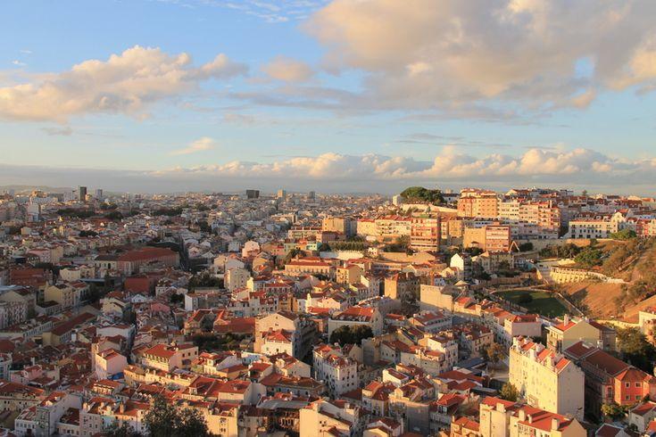Widok z murów zamku św Jerzego z Lizbonie