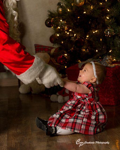 Babies first Christmas, Christmas Portraits, Baby see's Santa, Santa Portraits