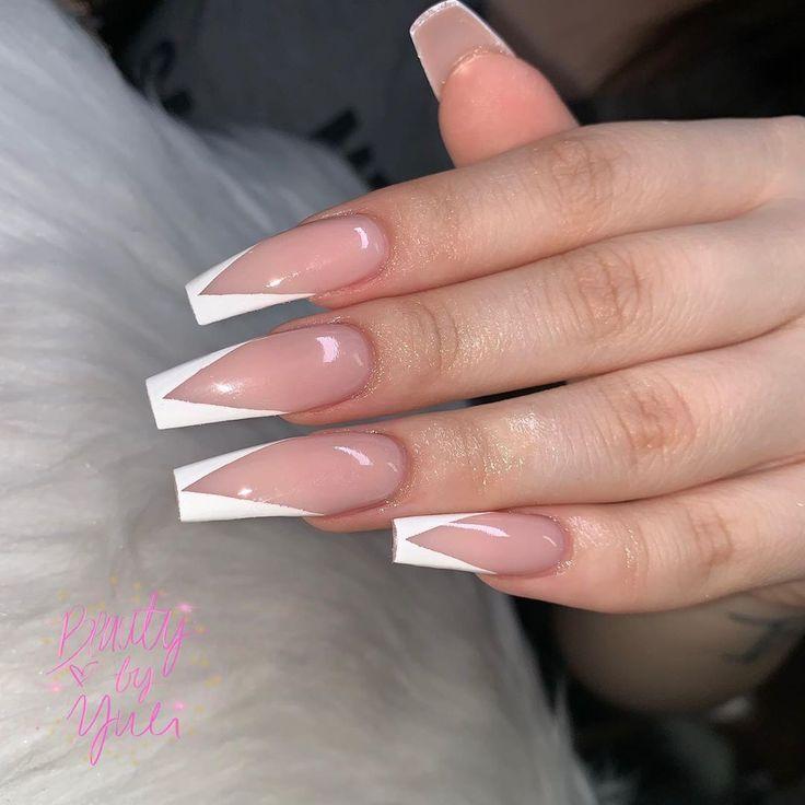 Yuli S Auf Instagram V Tip French Nail Nailsart Fashionbloggers Mensfashion Fashionstatement Fashionp Nageldesign Stiletto Susse Nagel Traumnagel