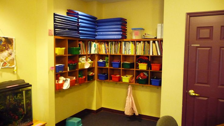 Classroom Cubby Ideas ~ Daycare cubbies preschool set up