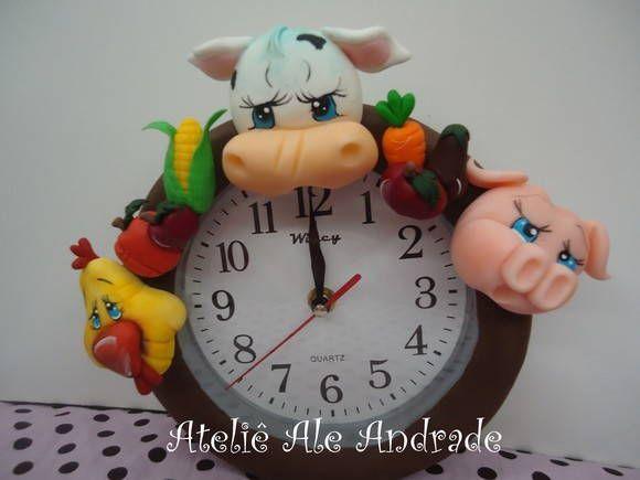 relógio em biscuit