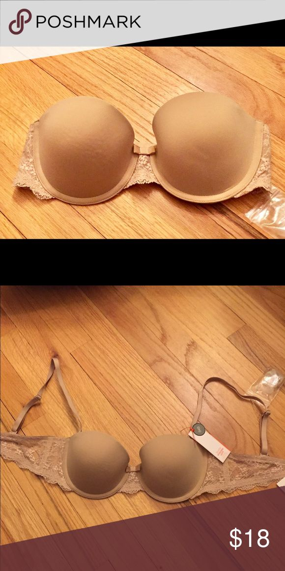 "✨GapBody Favorite Convertible Lace Bra✨ Brand new with all original tags! This is the GapBody ""favorite strapless uplift"" bra. Lovely and practical. Lace sides and can be worn 4 ways. Extra bag with clear straps included. Perfect nude color goes well with any outfit! GAP Intimates & Sleepwear Bras"