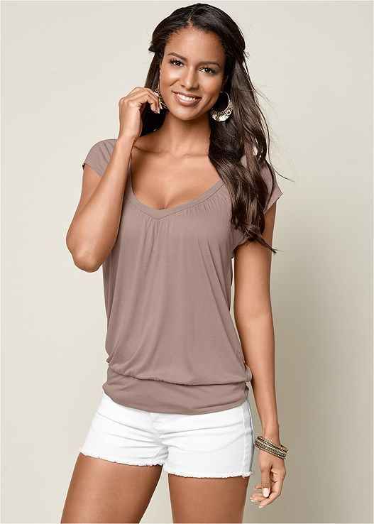 acaa0f15f48306 Venus Women s Relaxed V-Neck Top Tops - Brown neutral