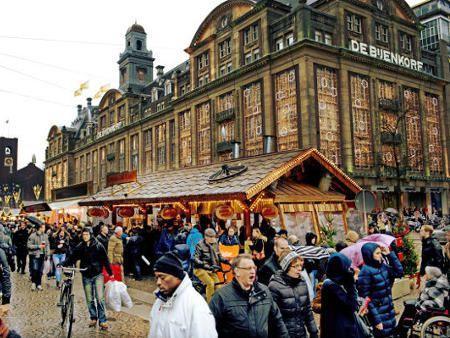 低予算観光客減を望むアムステルダム 観光税引き上げ