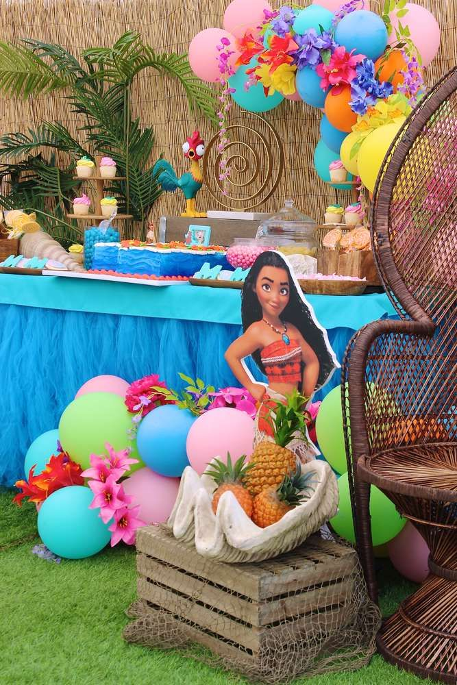 Dont Miss This Beautiful Moana Birthday Party Love The Decor See More Ideas And Share Yours At CatchMyParty Catchmyparty Partyideas