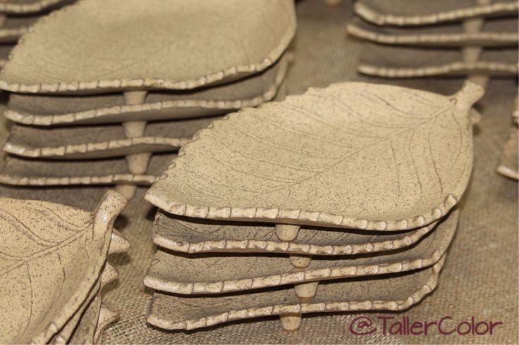 Juego platos #TallerColor #beige #gres #stoneware