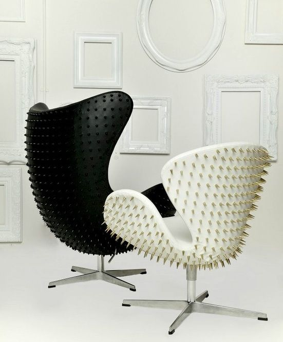 Swan | Chair | Jacobsen | Studded | Spikes