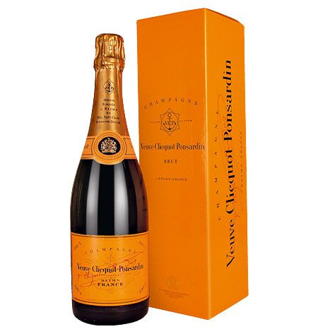 Veuve-Cliquot Champagne = my wedding champagne