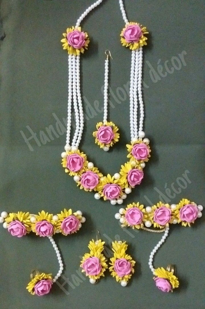 Floral jewellery created by handmade floral dcor