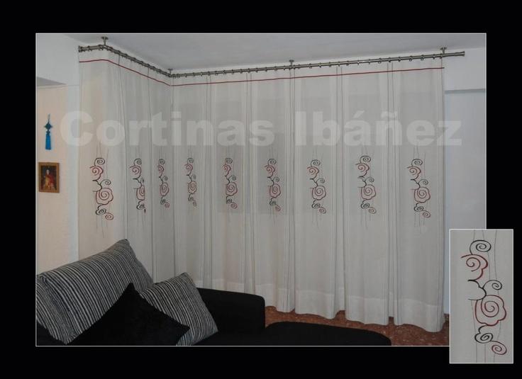 Cortinas en visillos bordados en relieve y confeccionados for Cortinas y visillos confeccionados