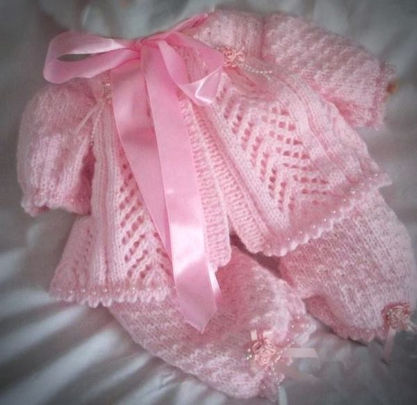 """30ae8984484fc60dbb667aa46c022c9f.jpg 600×583 pixelov [   """"Angies Angels patterns - exclusive designer knitting and crochet patterns for your precious baby or reborn dolls, handmade, handknitted, baby clothes, reborn doll clothes"""" ] #<br/> # #Baby #Patterns,<br/> # #Crochet #Patterns,<br/> # #Babies #Clothes,<br/> # #Doll #Clothes,<br/> # #Reborn #Dolls,<br/> # #Layette,<br/> # #Nurseries,<br/> # #Angels,<br/> # #Ribbons<br/>"""