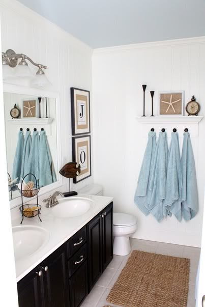 Beach themed bathroomBlue Ceiling, Decor, Towels Hooks, Bathroomideas, Coastal Bathroom, Towels Racks, Bathroom Ideas, House, White Wall